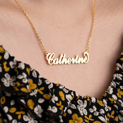 Personalized Carrie Style Name Necklace